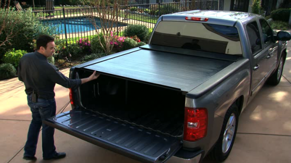 BAK Industries Tonneau Covers - RollBak Roll G2 | Aluminum Roll Up Cover