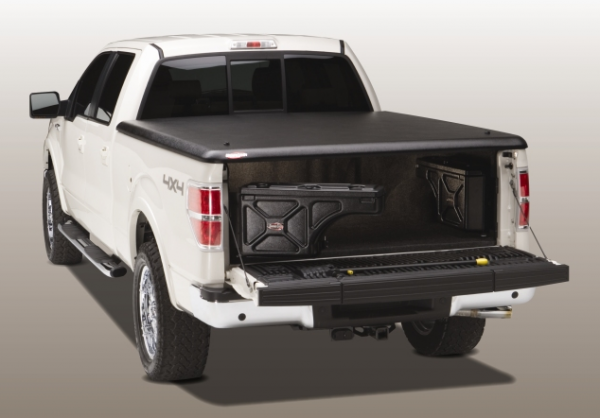 Undercover Truck Bed Covers - Swing Case Pass Tonneau Cover