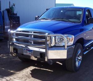 Truck Bumpers - Truck Defender - Truck Defender Aluminum Front Bumper Dodge RAM 1500 2002-2005