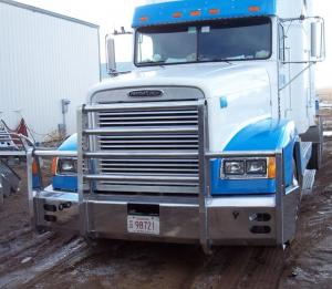 "Truck Defender - Truck Defender Aluminum Front Bumper 2"" Standard Aluminum Bumper Freightliner FL-120 1997"
