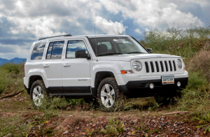 "Daystar - Daystar KJ09169BK 1.5"" Lift Jeep Patriot - Image 1"