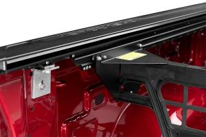 Roll-N-Lock - Roll-N-Lock CM225 Cargo Manager Rolling Truck Bed Divider - Image 3